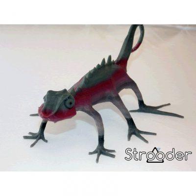 3D printed multicoloured lizard