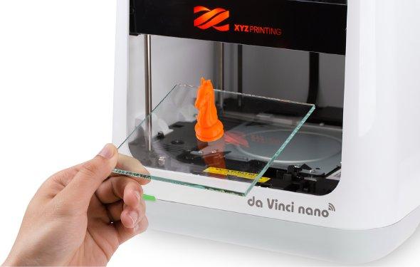 The Da Vinci Nano features a removable glass build platform